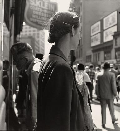 Dorothea Lange, יוניון סקוור, ניו יורק, 1952.  Museum of Modern Art, New York