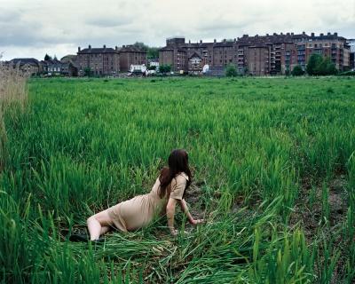 "Tom Hunter, ""מקום מבטחים ותקווה"", מהסדרה ""ספורים שלא סופרו"", 2009."