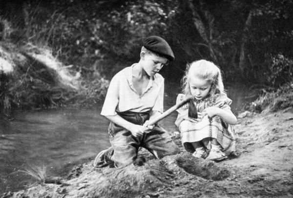 """רנה קלמאן, במאי הסרט, """"משחקים אסורים"""", 1952"""