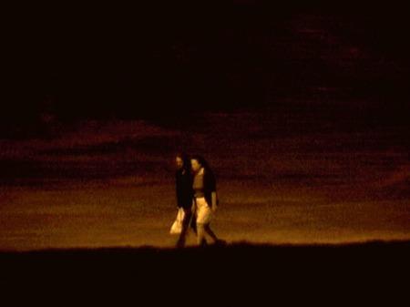 """ליאורה לאור, ללא כותרת, מס. 3 בסדרה """"צלם אור"""", 2003. מהאתר של האמנית."""