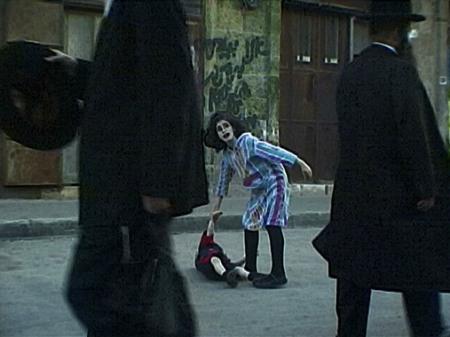 ליאורה לאור, ללא כותרת, מס. 101 בסדרה Wanderland, 2001-2003. מהאתר של האמנית.
