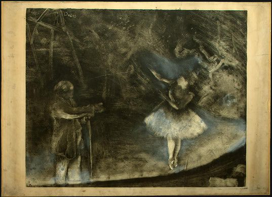 """אדגר דגא ולודוביק לפיק, """"המורה לבלט"""", המונוטייפ הראשון של דגא, כנראה 1874. הדפס מונוטייפ בדיו שחורה על נייר ולאחר מכן הבהרה בצבע גיר לבן.  The National Gallery of Art, Washington"""