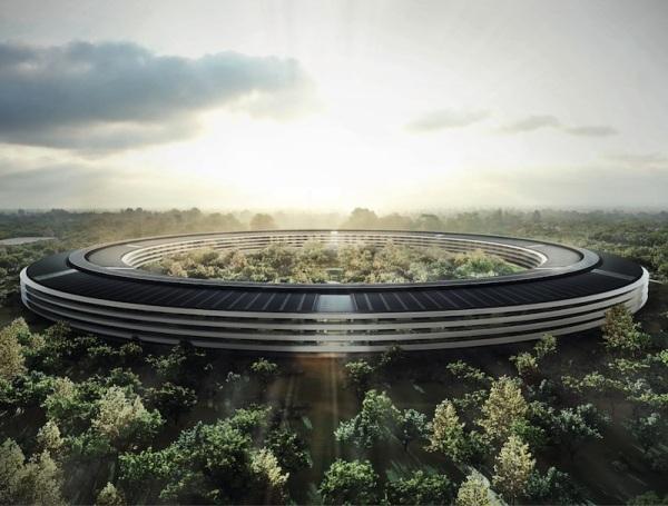 """""""קמפוס אפל"""": המטה הראשי של חברת אפל בקופרטינו, קליפורניה. עם סיום הבניה הצפוי ב-2016 ישתרע הקומפלקס על שטח של 712 קמ""""ר ואמור לשכן כ-13 אלף עובדים. אורך העיגול כ-1.6 קילומטר. המבנה בן 4 קומות ויכלול קירות זכוכית ענקיים (מדובר בכ-6 קילומטר זכוכית), שיאפשרו לעובדים להסתכל החוצה בנוף הירוק שמשני צידי העיגול. עלות מכון הכושר הענק בבניין עומדת על 74 מיליון דולר. ארכיטקטים: Foster + Partners הבריטים. Via Mac Rumors, Macworld UK """"אפל יצרה קישוט מרכזי (centerpiece) לאימפריה שלה, מוצר אופייני בפשטותו ובאובססיה שלו לעיצוב"""", Cult of Mac"""