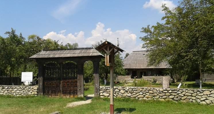 13-hobita-casa-muzeu-brancusi-s