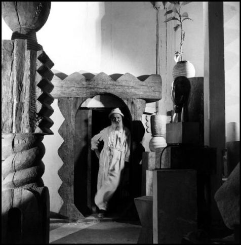 constantin-brancusi-in-his-studio-atelier-1945-1946-photo-by-wayne-miller-constantin-brancusi-en-wikipedia