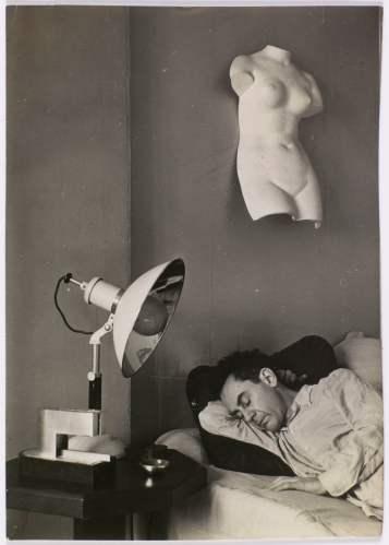man ray, man ray endormi, c1930. centre pompidou, paris